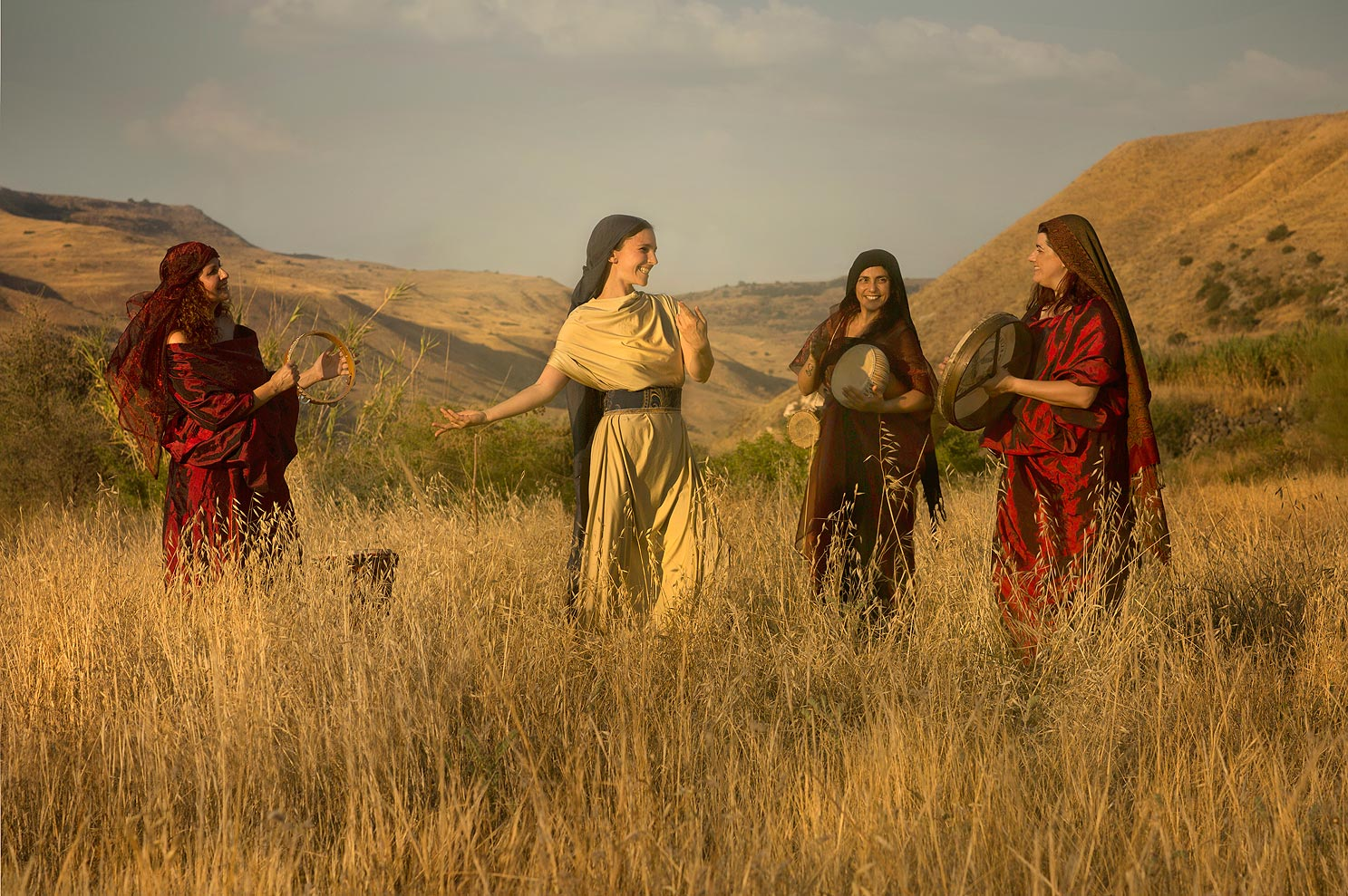 """Dina """"And Dinah the daughter of Leah, whom she had borne unto Jacob, went out to see the daughters of the land"""" Genesis 4 34"""